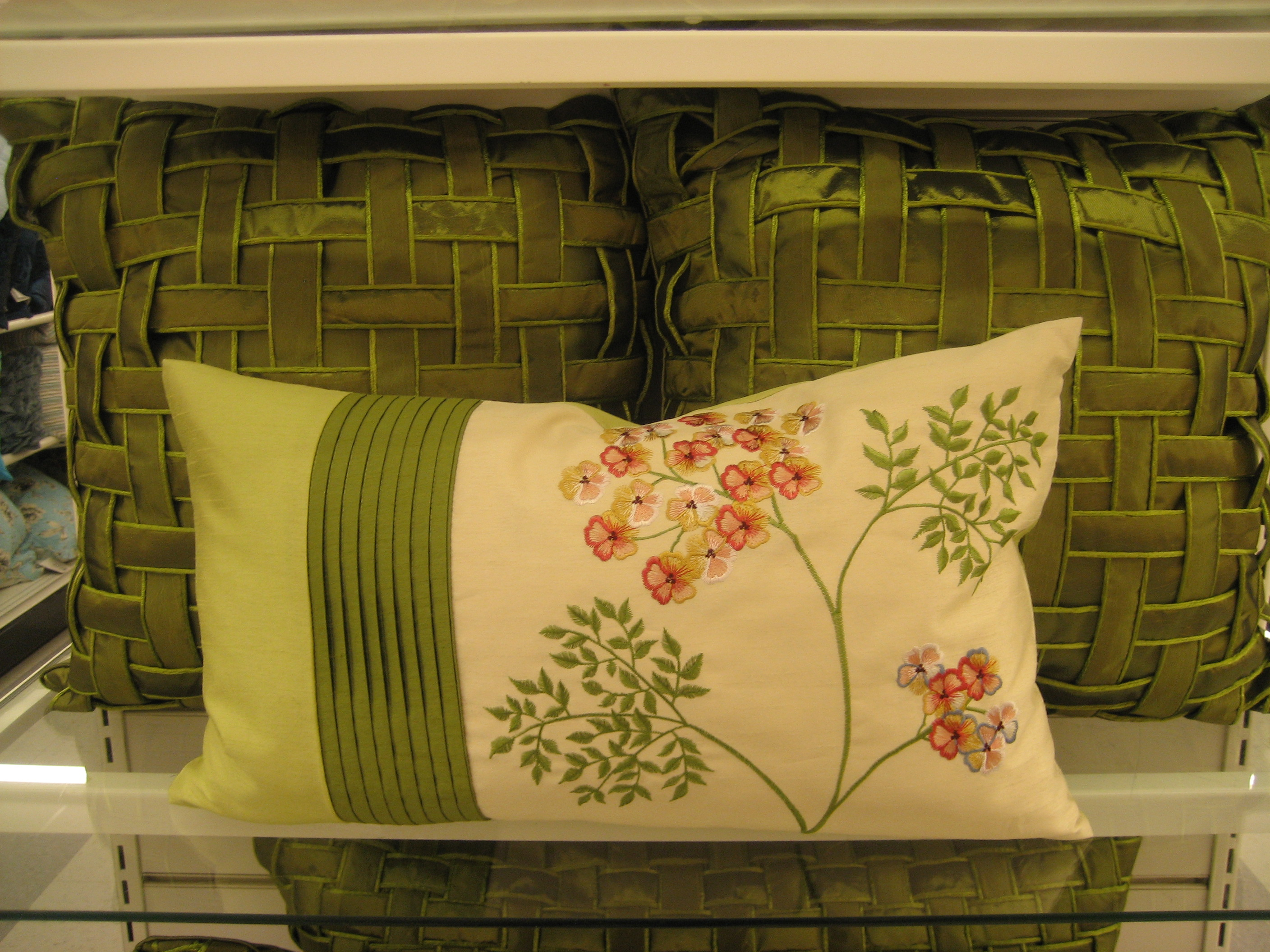 summer the ways everything without simple one bring refreshes my new bench bed use favorite blog brings or changing needlepoint color on bedroom a to home of in is few goods pillow pillows