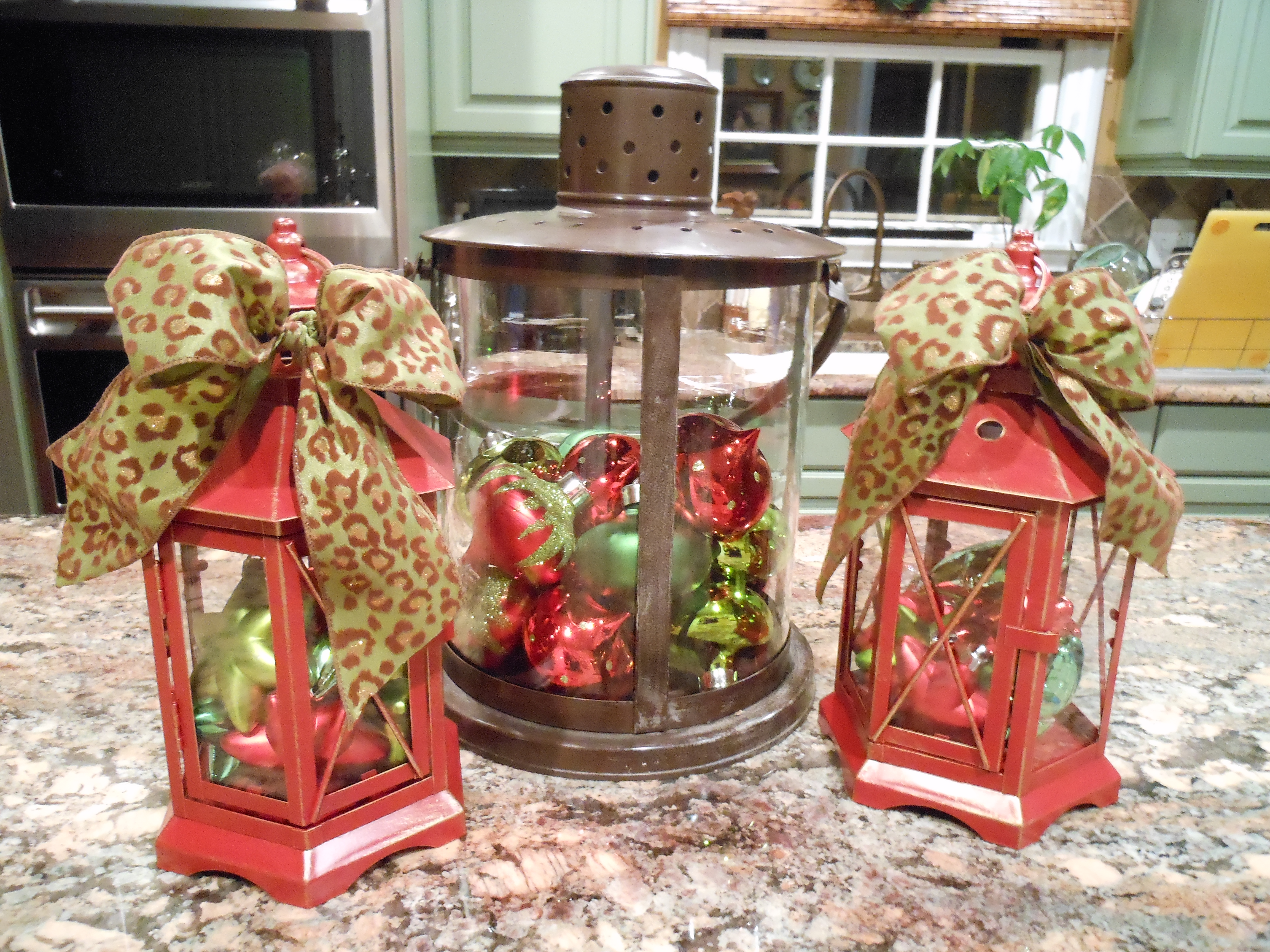 Outdoor Christmas Urns http://moreismoremom.wordpress.com/2011/12/06/beautiful-christmas-urns-and-outdoor-decor/